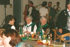 1999 (37)